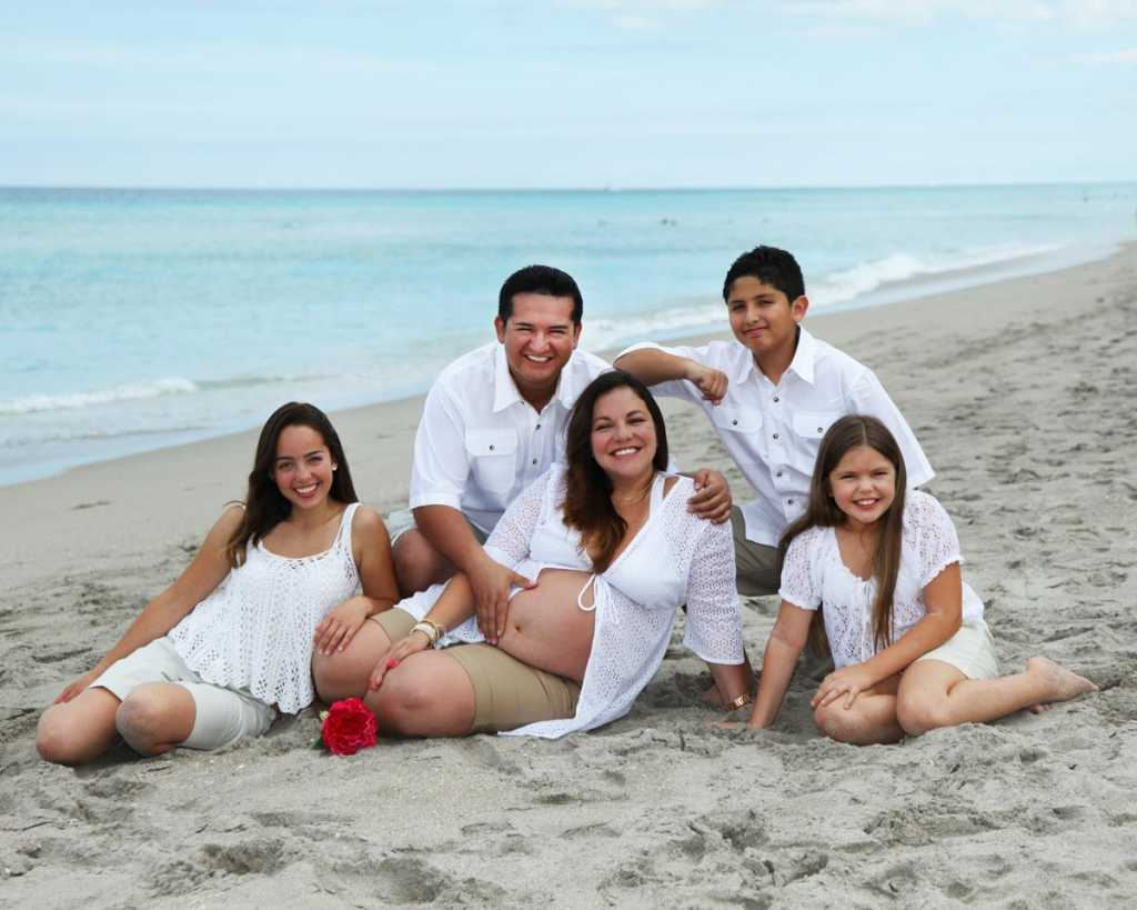 Pregnancy Photographer Fort Lauderdale