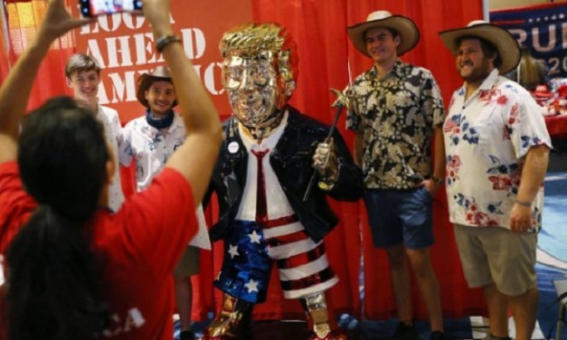 Hit Gold Trump Statue At CPAC Conference Was Made In Mexico