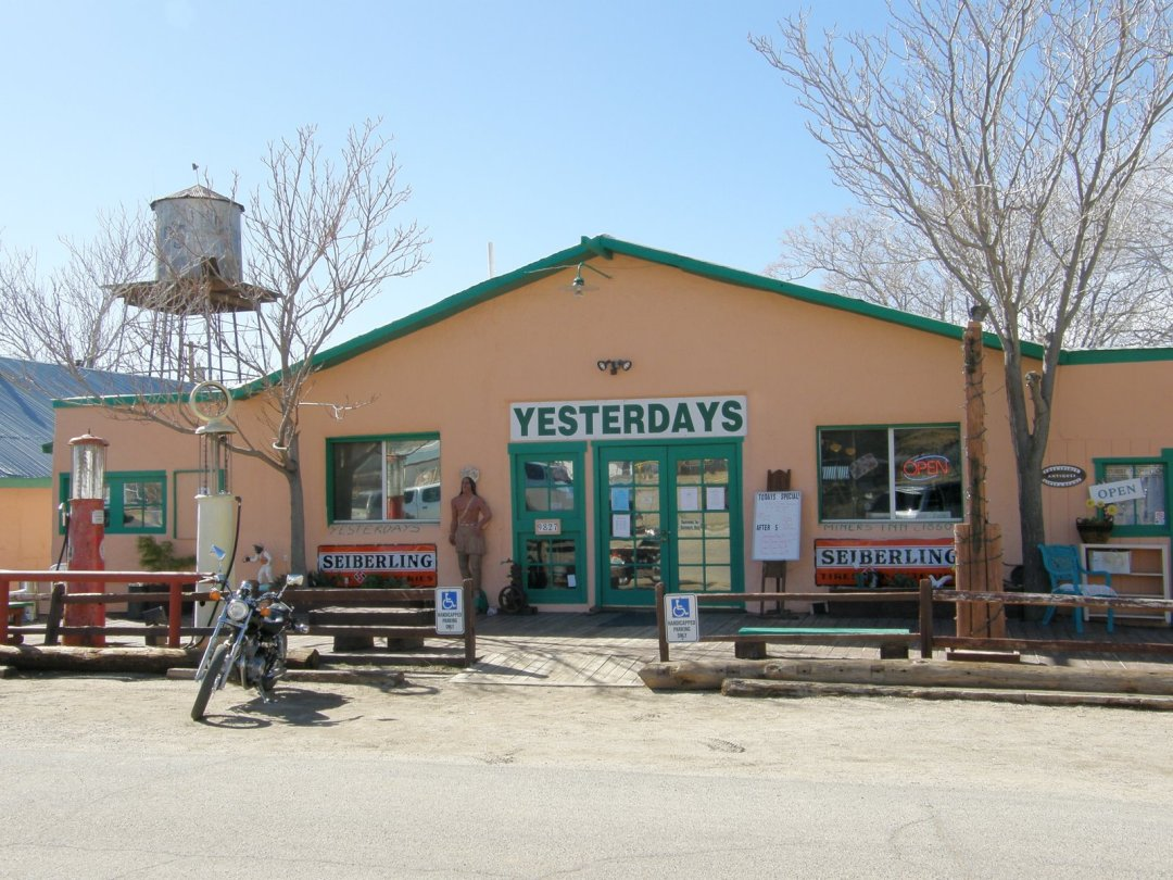 JIMMY HOFFA, AN ARIZONA GHOST TOWN AND VALENTINES DAY