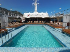 The pool deck of Silver Wind.