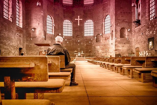 church-2464883_640