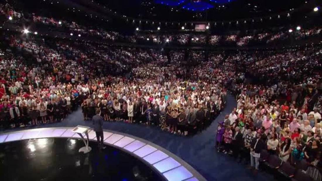 Joel Osteen On Stage - A Church Without Popes
