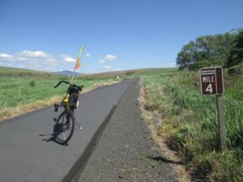 Jim-Schmid's-Bacchetta-Giro-recumbent-Milepost-4-on-Chipman-Trail-Moscow-ID-to-Pullman-WA-5-8-2016