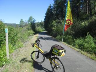 Jim-Schmid's-Bacchetta-Giro-recumbent-at-Milepost-9-Trail-of-the-Coeur-d'Alenes-ID-5-12-2016