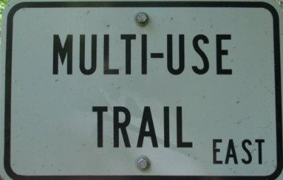 Multi-use-trail-sign-Tallulah-Falls-RT-2015-06-02
