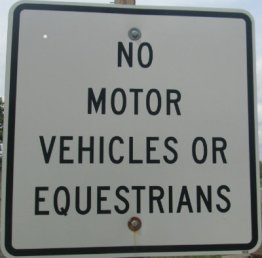 No-motor-vehicles-or-equestrians-sign-Monon-Trail-IL-2015-08-23