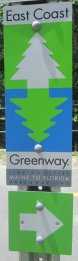 East_Coast_Greenway_sign_with_arrow_American_Tobacco_RT_2015_07_05-6