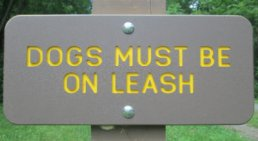 Dogs_must_be_on_leash_sign_Greenbrier-River-Trail-WV-06_21-24-2015