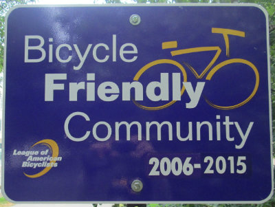 Bicycle-Friendly-Community-sign-Monon-Trail-IL-2015-08-23