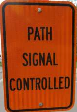 Path-signal-controlled-sign-Boise-River-Greenbelt-ID-5-7-2016