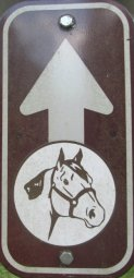 Horse-symbol-with-arrow-sign-Longleaf-Trace-MS-2015-06-11