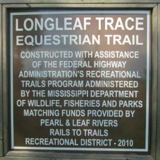 Equestrian-trail-sign-Longleaf-Trace-MS-2015-06-11