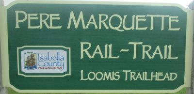 Loomis-trailhead-sign-Pere-Marquette-MI-2015_09-06