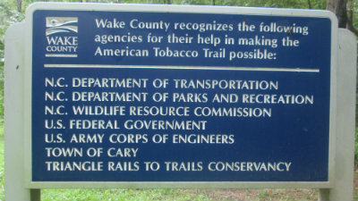 Recognization_thanking_those_who_made_trail_possible_sign_American_Tobacco_RT_2015_07_05-6