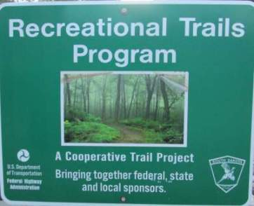 Red-Trails-Program-sign-Mickelson-Trail-SD-5-28-to-6-1-2016