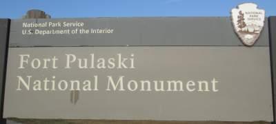 Fort-Pulaski-sign-McQueens-Tybee-Island-Rail-Trail-GA-02-20-2016