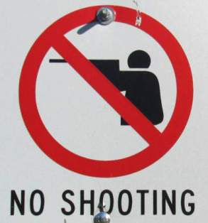 No-shooting-sign-Trail-of-the-Coeur-d'Alenes-ID-5-12-2016