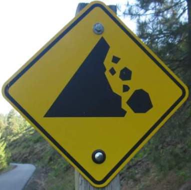 Rock-fall-sign-Trail-of-the-Coeur-d'Alenes-ID-5-12-2016