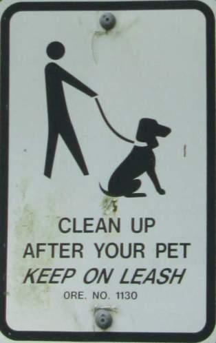 Clean-up-after-pet-sign-Springwater-Corridor-Portland-OR-4-25-2016
