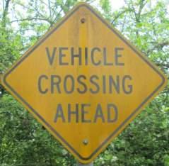 Vehicle-crossing-sign-Springwater-Corridor-Portland-OR-4-25-2016