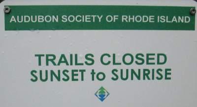 Closed-sunset-to-sunrise-sign-East-Bay-Bike-Path-RI-9-6&7-2016