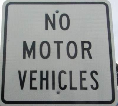 No-motor-vehicles-sign-East-Bay-Bike-Path-RI-9-6&7-2016