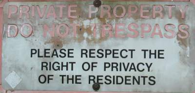 Respect-privacy-sign-Springwater-Corridor-Portland-OR-4-25-2016