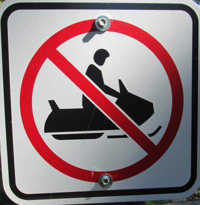No-snowmobiles-sign-Mickelson-Trail-SD-5-28-to-6-1-2016