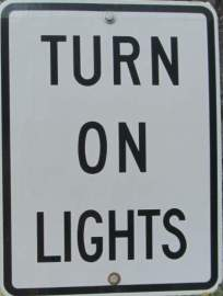 Turn-on-lights-sign-Route-of-the-Hiawatha-ID-5-26-2016
