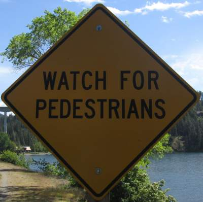 Watch-for-peds-sign-Centennial-Trail-Coeur-d'Alene-ID-4-28-2016
