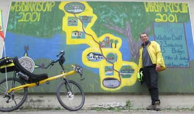 Jim-Schmid-with-Bacchetta-Giro-recumbent-map-Wabash-Trail-IA-5-18-17