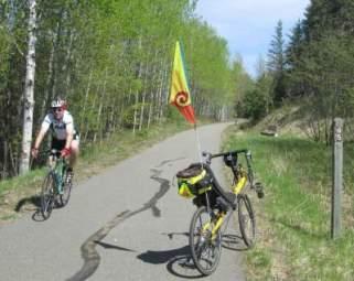 Biker-and-Jim-Schmid's-Bacchetta-Giro-recumbent-MP-65-Paul-Bunyan-Trail-MN-5-13-17