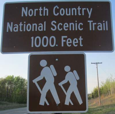 1000-Feet-sign-North-Country-NST-MN-5-16-17
