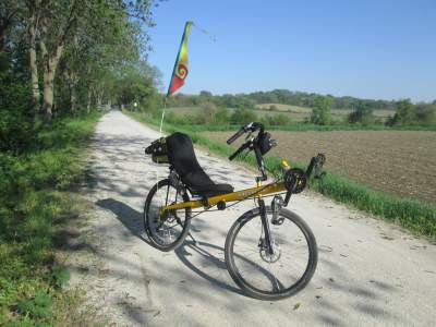 Jim-Schmid's-Bacchetta-Giro-recumbent-Wabash-Trail-IA-5-16-17