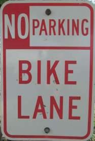 Bike-lane-sign-Wabash-Trail-IA-5-18-17