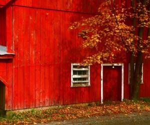 045-vermont-barn-side