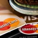 ポイントを貯める、ではなく勝手に貯まる感覚になれるクレジットカードが一番だと思う。