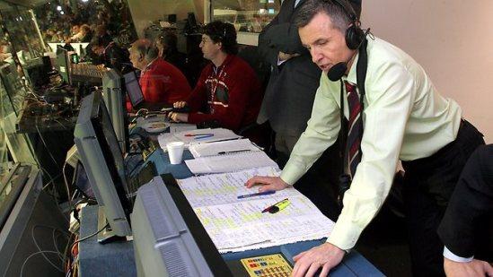 นาย Bruce McAvaney หัวหน้าที่บรรยากีฬาของ 7 Network