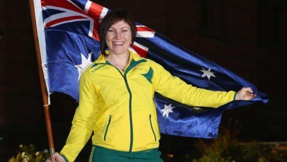 นาง Anna Meares ผู้ได้รับคัดเลือกเชิงธงออสเตรเลียในกีฬา Commonwealth Games