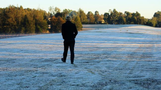สภาพอากาศเย็นส่งท้ายฤดูใบไม่ร่วงในช่วงปลายเดือนพฤษภาคมในซิดนีย์ : ภาพชั่วคราวจาก News Crop