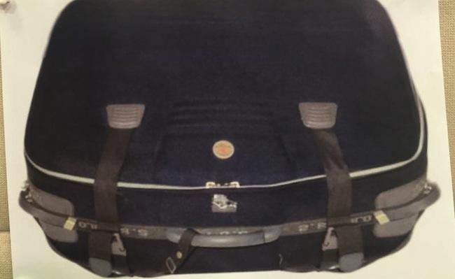 กระเป๋าเดินทางที่ใช้ใส่ศพ : ภาพจากตำรวจรัฐเวสเทิร์นออสเตรเลีย