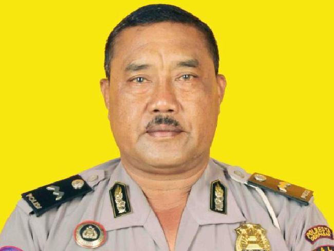 นาย Wayan Sudarsa นายตำรวจจราจรบนเกาะบาหลีผู้เสียชีวิต : ภาพจากสำนักข่าว AP
