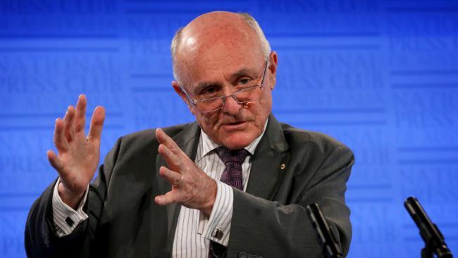 ศจ. Allan Fels ผู้เข้ามาดูงานฉ้อฉลแรงงานชาวต่างชาติ : ภาพจาก News.com.au