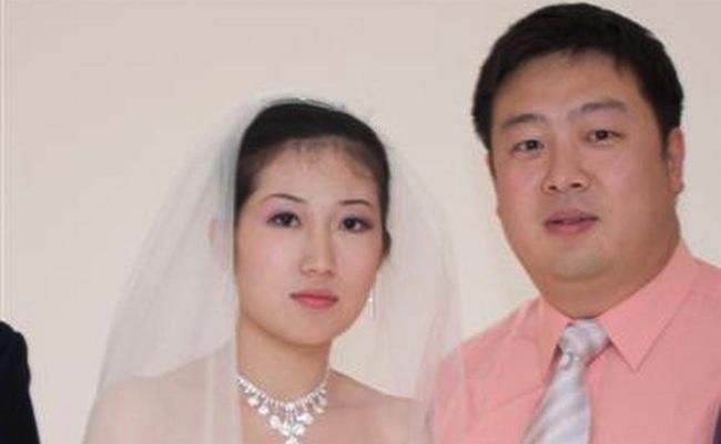 นาง Dan Sun และนาย Nuo Zhao : ภาพจากนสพ. the Australian