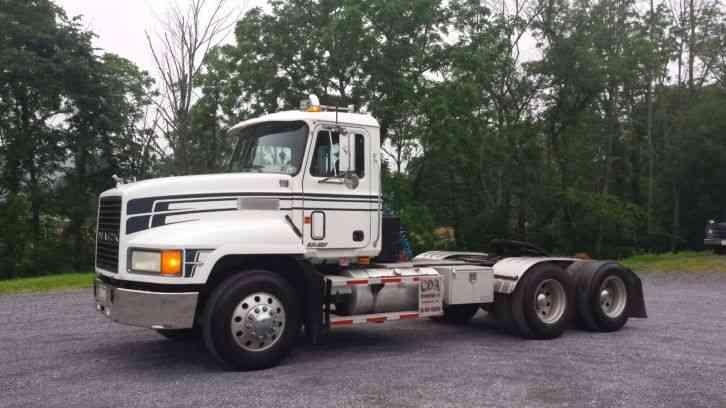 Mack Ch 613 Daycab Semi Trucks