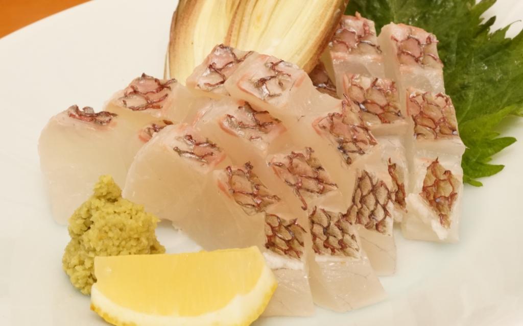 真鯛の湯霜造り