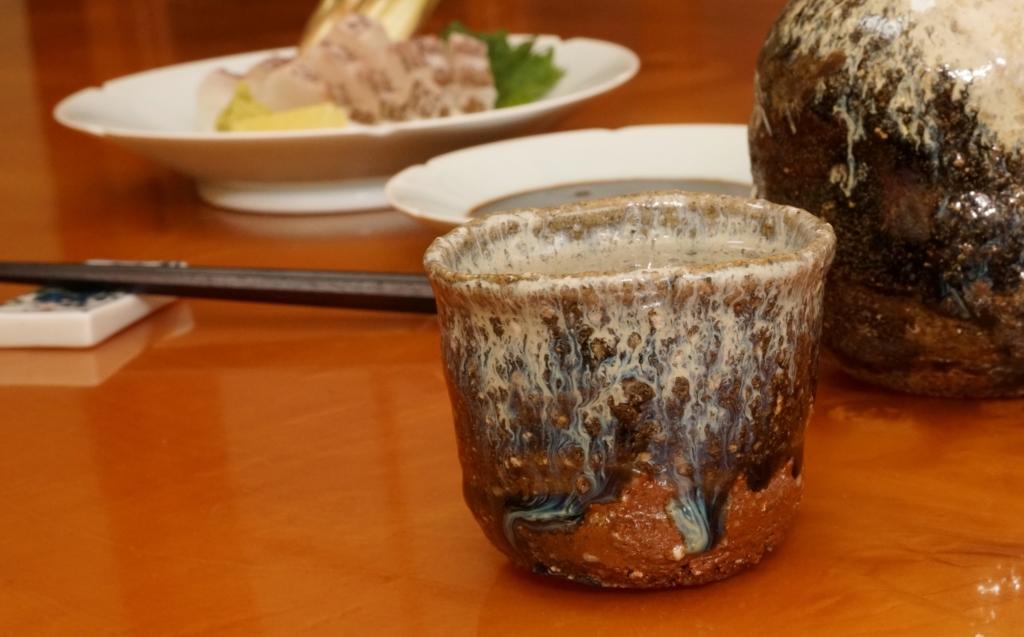 真鯛の湯霜造りと日本酒