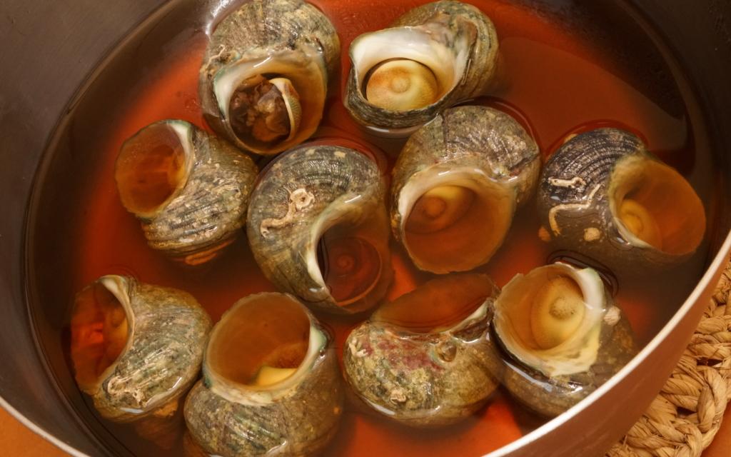 ヒメサザエの煮貝