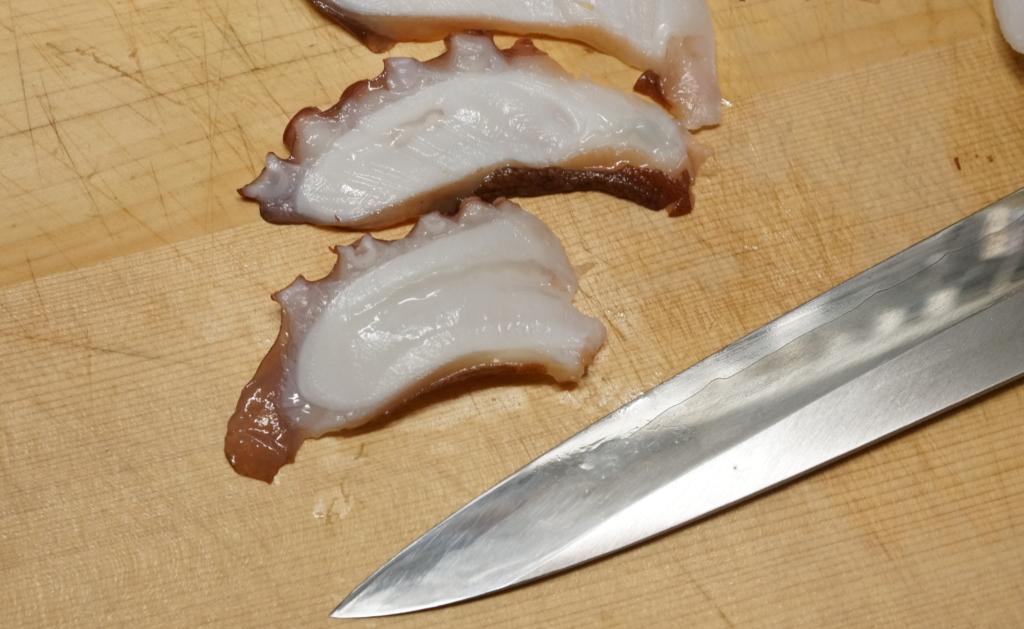 タコの刺身の切り方