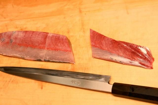 尾の部分は筋があり硬いので刺身以外の料理に使う